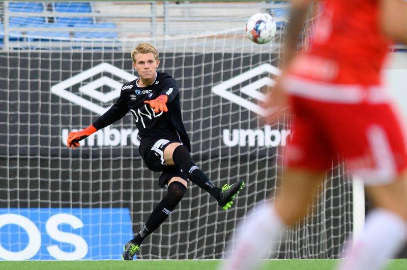 Magnus Sjøeng sto en god kamp for Vålerenga 2 mot Brattvåg (Foto: Morten Mitchell Larød / SPORTFOTO)